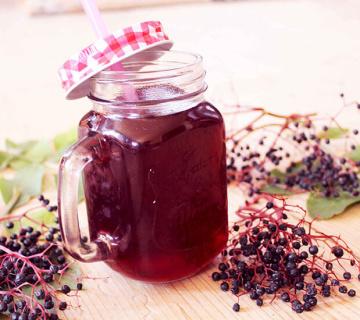 Domaći sok od bazginih bobica