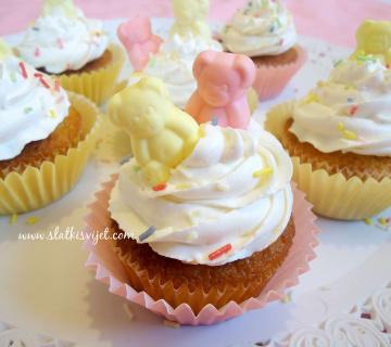 Cupcakes kolačići s medvjedićima