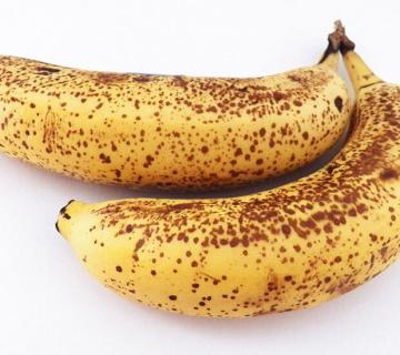 Ne bacajte ih! Pogledajte kako iskoristiti prezrele banane!