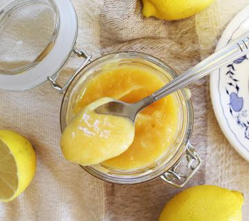LEMON CURD: Osvježavajuća voćna krema od limuna