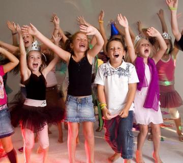 Tematski dječji rođendan: Karaoke party