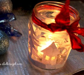 Zimski lampaš u staklenci