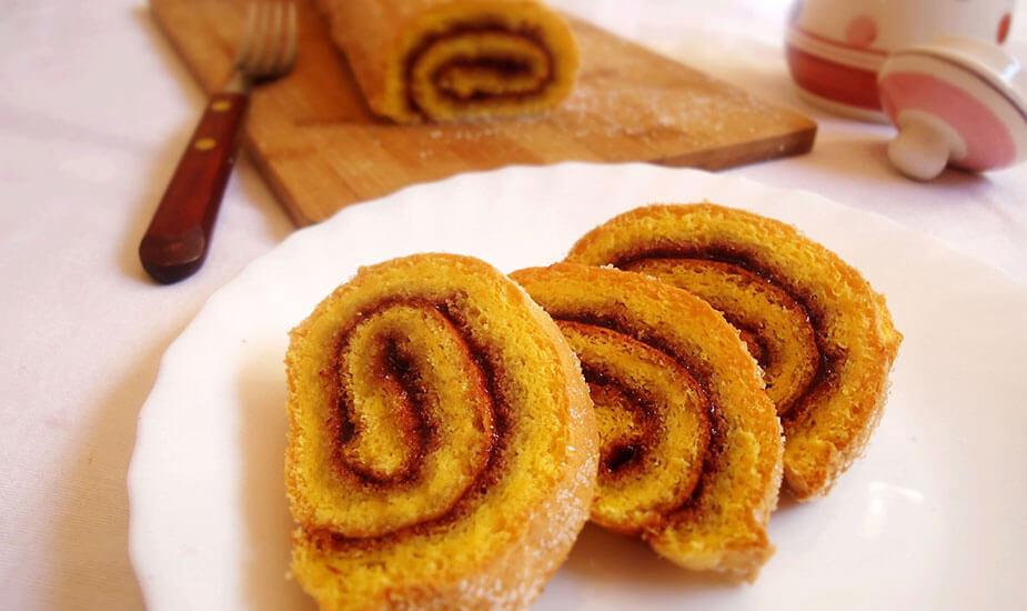 rolada s pekmezom recept biskvit