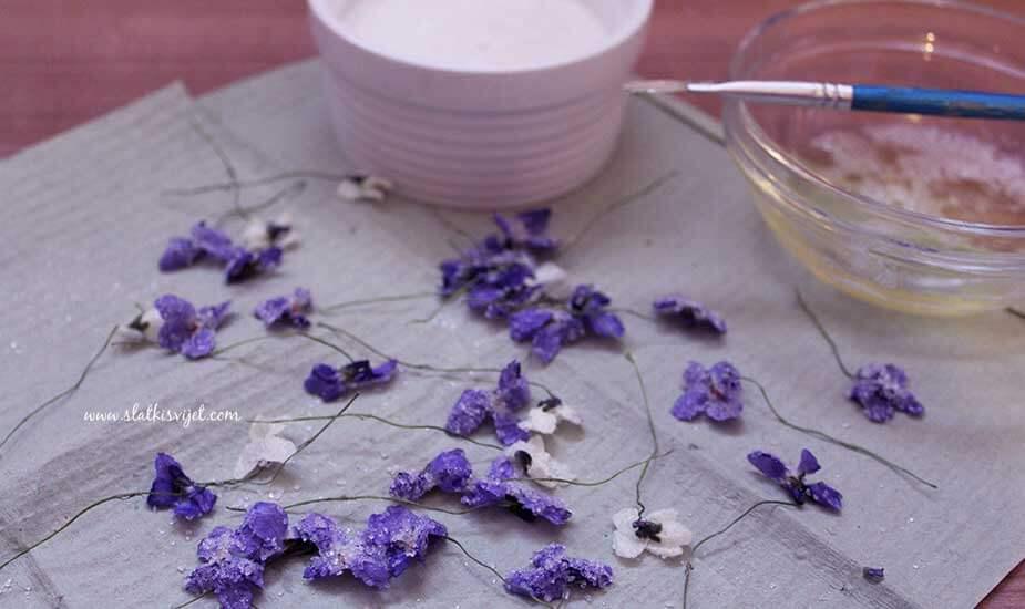 jestivo cvijece dekoracija torti i kolaca