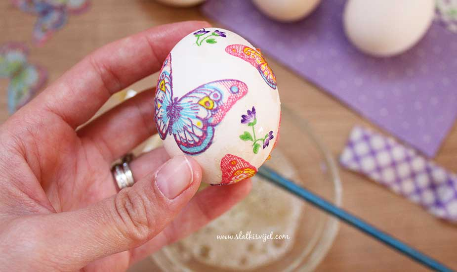 dekupaz uskrsna jaja salvetna tehnika