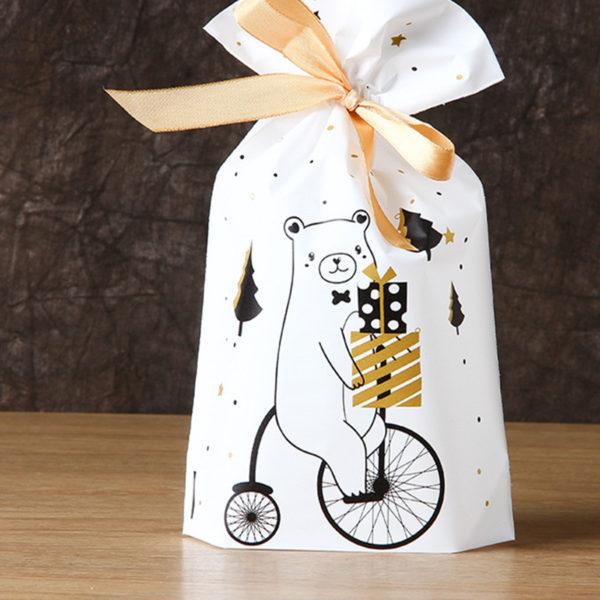 ukrasne bozicne vrecice za poklon slatkise kekse