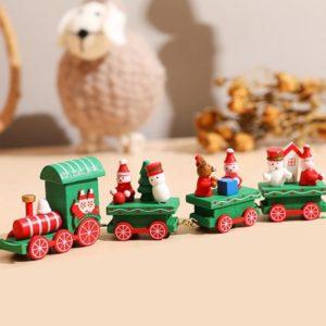 ukrasni drveni bozicni vlakic